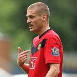 Nemanja Vidic agrees to new deal