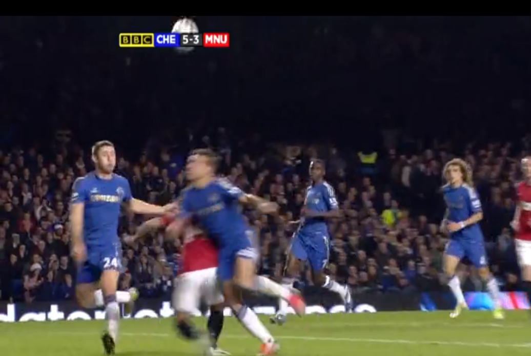 Azpilicueta brings down Hernandez in the box