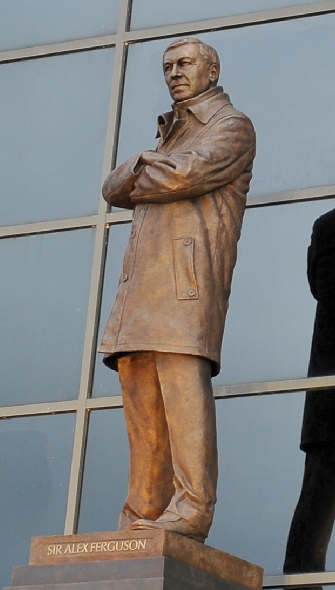 Sir Alex Ferguson statue large