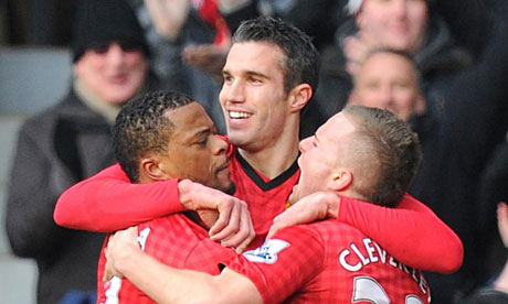 Manchester United&#039;s Robin van Persie celebrates scoring
