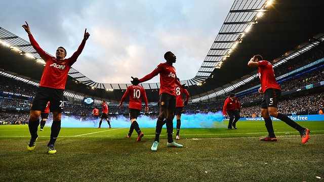 Manchester United win at Manchester City