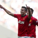 Man United 2-0 Wigan Athletic: Moyes' first trophy, Evra's flying again, and more