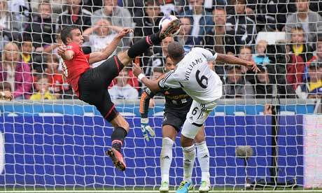Robin van Persie scores for Manchester United at Swansea