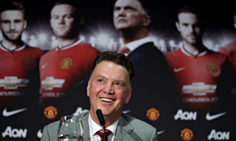 Louis van Gaal press conference with Manchester United