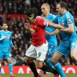United look to close gap on City with win over bottom Sunderland