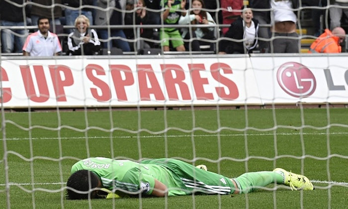 Romero hands Swansea city the win as United fail to deliver again