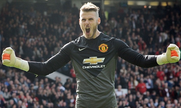 David De Gea back in goal as United take on Liverpool