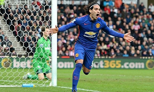 Radamel-Falcao-celebrates-stoke-city