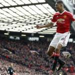 Marcus Rashford scores twice to dent Arsenal's title hopes