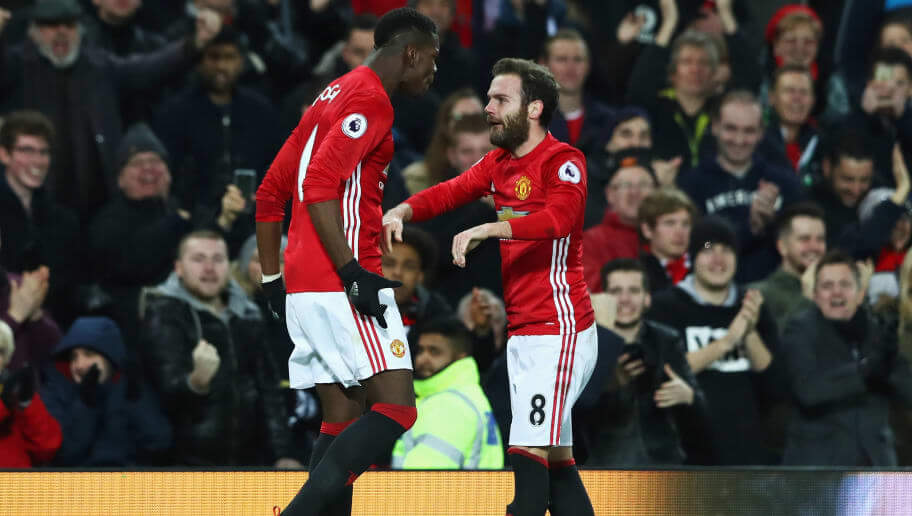Late Fellaini victor sends Man United into knockout stages